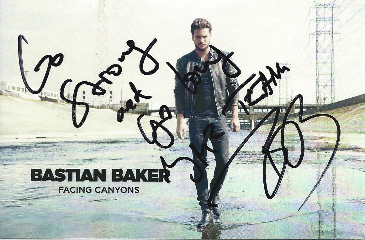 Bastian Baker-1
